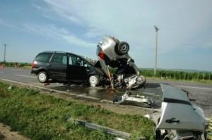[FOTO] Doi morți și șapte răniți pe E85