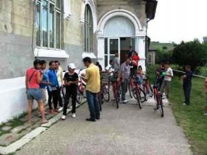 """""""Bicicleşte cu noi"""" în luna iunie"""