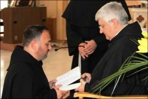 Franciscanii din România, conduşi de un preot romaşcan