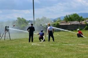 Pompierii romaşcani, învinşi de colegii din Tîrgu Neamţ