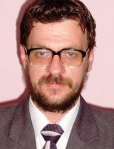 """Profesor la """"Roman-Vodă"""", cercetător în Belgia, doctor în fizica economiei"""