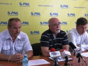 """""""PDL face o politică bazată pe cultul personalității"""""""