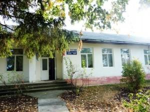 Școala de la capătul drumului Cireșului