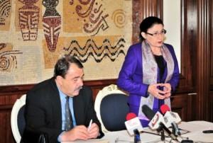 Ecaterina Andronescu, ministrul Educației, crede în minuni
