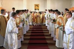Sfinţire de diaconi la Institutul Franciscan