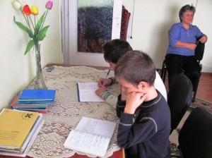 """Student la Teologie, crescut în Complexul """"Familia mea"""""""