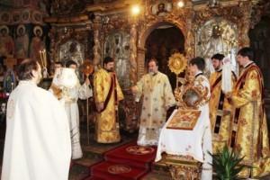2013 a fost întâmpinat cu rugăciuni, la Catedrala Arhiepiscopală