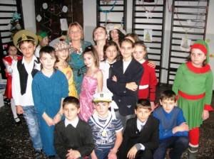 Trupă de teatru pentru copii, la Roman