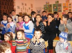La Horia, copiii se întorc cu fața la folclor