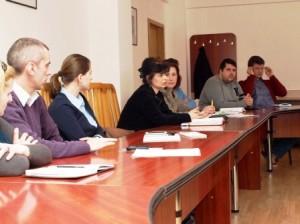 Prefectura vrea să promoveze tinerii