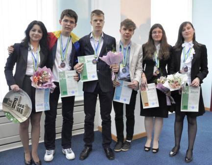 Argint la Olimpiada internațională de chimie pentru Mara Ieșanu