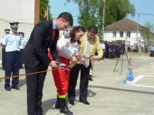 Diana Cimpoieșu, medic-șef SMURD Regiunea Nord-Est, alături de prefectul George Lazăr și primarul Laurențiu Dan Leoreanu