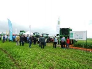 AgroConnect: Inovații pe metru pătrat pentru o agricultură de succes