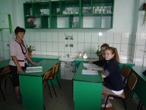 """Agenţia pentru Protecţia Mediului sprijină Colegiul Tehnic """"Petru Poni"""""""