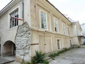 Casa Celibidache este tot mai şubredă