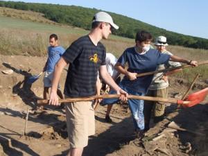 Romaşcani în tabăra arheologică de la Ibida