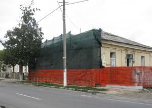 După 125 de ani, o clădirile monument intră în reparații