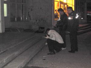 Un copil a murit după ce a căzut de la etajul şase