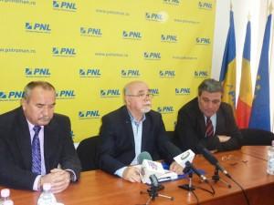 Liberalii romaşcani îi răspund deputatului Elena Udrea