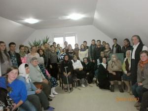 Caritas Roman este alături de persoanele vârstnice