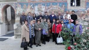 Corul Episcopiei a cântat în mănăstirile Bucovinei