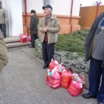 Cadouri pentru nevoiaşi din partea PSD
