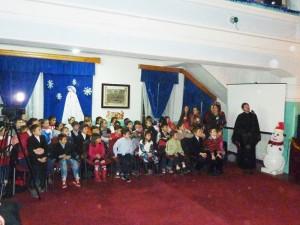 """Moş Crăciun a venit la Centrul de zi """"Episcop Melchisedec Ștefănescu"""""""