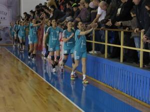 Victorie obținută cu sacrificii de handbalistele romașcane