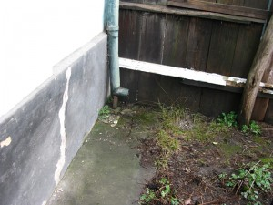 Vecinătate alterată de lucrările la temelia casei