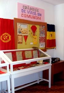 Muzeu al comunismului la liceul din Săbăoani