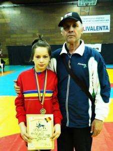 Adelina Vasiliu este campioană naţională la lupte