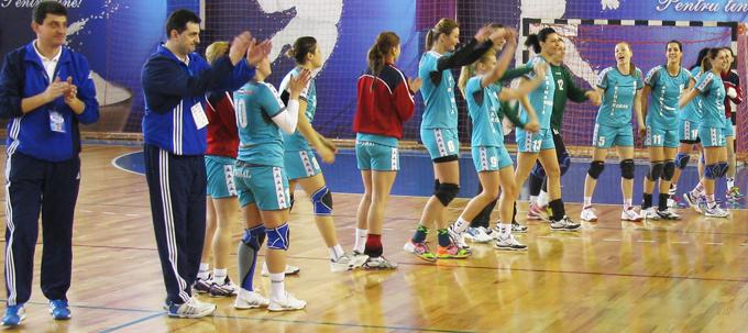 Ultima reprezentaţie din acest sezon a handbalistelor romaşcane
