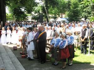 Sute de credincioşi la hramul bisericii de la Gherăeşti