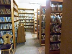 Bibliotecă publică în Casa de Cultură