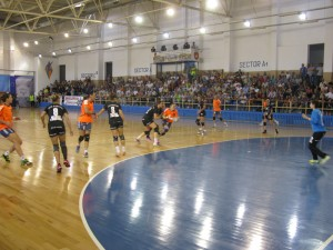 Dispută pentru loc în play-off cu echipa romașcană favorită la victorie