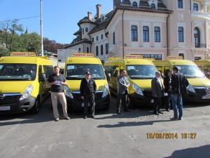 Microbuze pentru elevii nemţeni