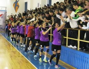 Performanță de excepție a handbalului romaşcan: HCM Roman s-a calificat în optimile de finală ale Cupei Cupelor!