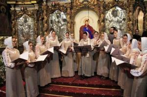 Colindători la Catedrala Arhiepiscopală din Roman