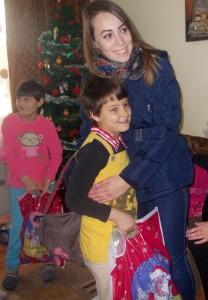 Orfane de mamă, cinci surori au primit cadouri de la clubul Impact