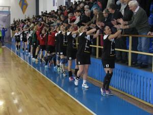 Victorie detașată și concludentă a handbalistelor romașcane