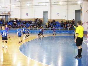 Handbalistele junioare I de la LPS Roman sunt calificate la turneul final național