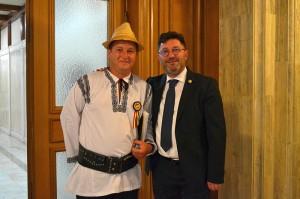 Deputat Liviu Harbuz alături de Călin Matieș, președintele Federaţiei Naţionale a Producătorilor de Produse Tradiţionale din România