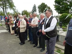 Depuneri de coroane la monumentul ostaşului sovietic
