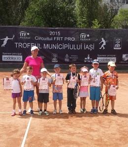 Șapte medalii pentru micii tenismeni romaşcani, la Iaşi