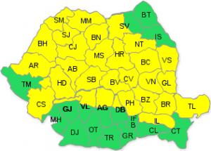 Codul galben de furtună, prelungit până miercuri seară