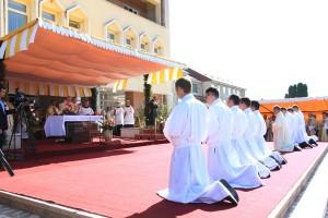 Nouă diaconi au fost sfințiți la Institutul Franciscan