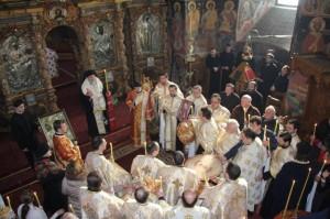 Foşti ierarhi ai Romanului, pomeniți la Catedrala Arhiepiscopală