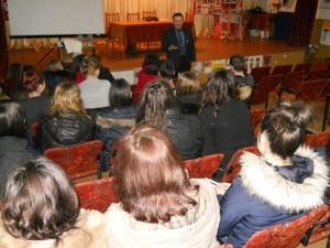 Elevii de la Miron Costin, informați ce să facă în caz de incendiu